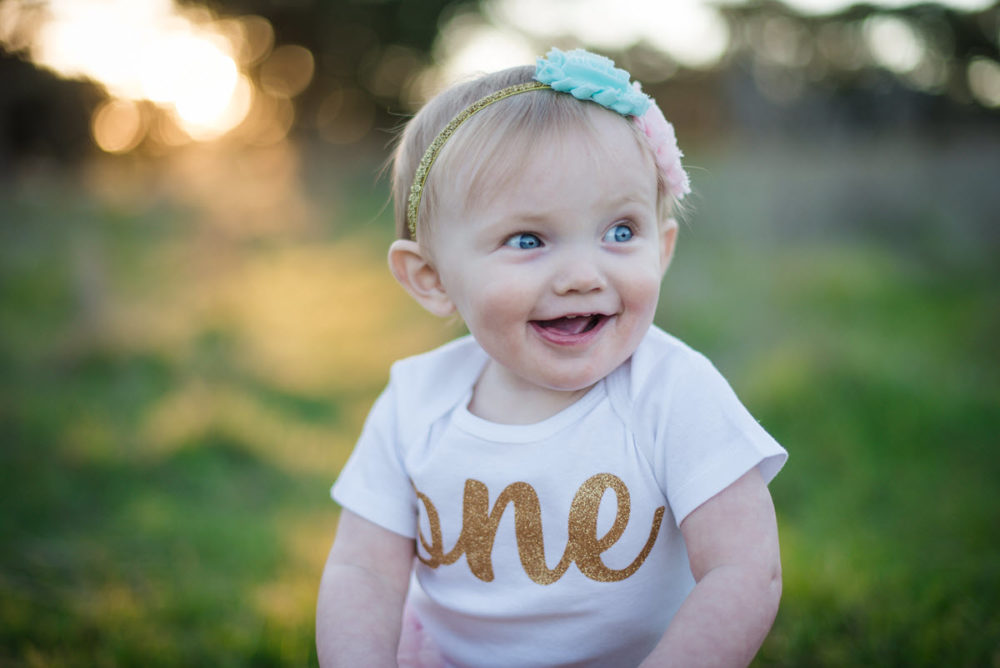 Carly_One_Year_Old_Outdoor_Photos_New_Braunfels_TX-004