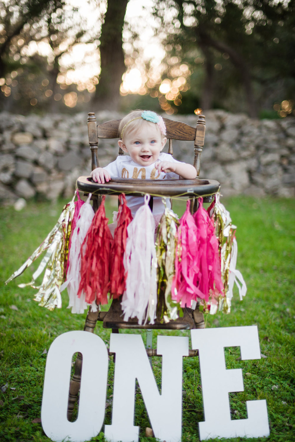 Carly_One_Year_Old_Outdoor_Photos_New_Braunfels_TX-005