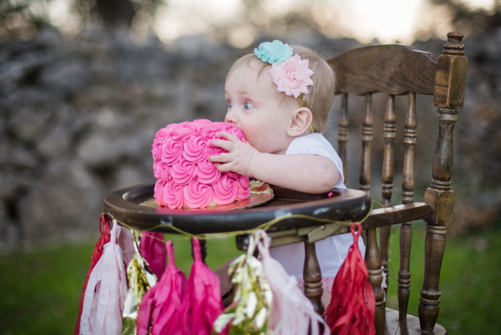 Carly_One_Year_Old_Outdoor_Photos_New_Braunfels_TX-006