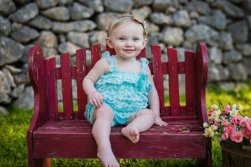 Carly_One_Year_Old_Outdoor_Photos_New_Braunfels_TX-008