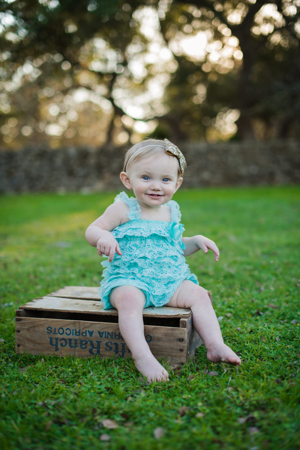 Carly_One_Year_Old_Outdoor_Photos_New_Braunfels_TX-009