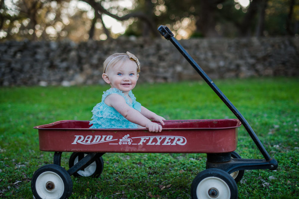 Carly_One_Year_Old_Outdoor_Photos_New_Braunfels_TX-010
