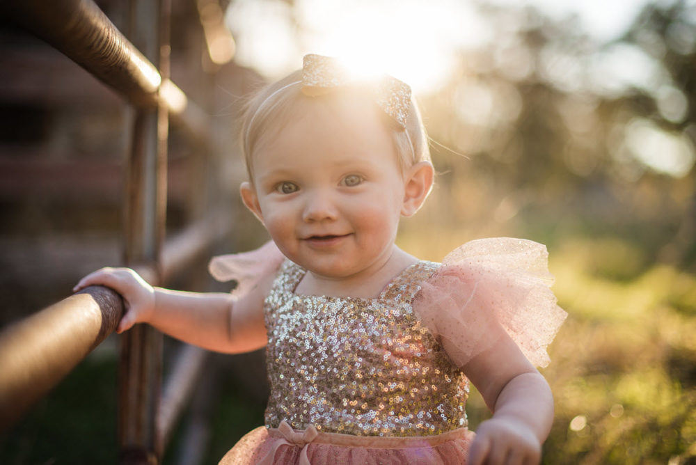 Carly_One_Year_Old_Outdoor_Photos_New_Braunfels_TX-014